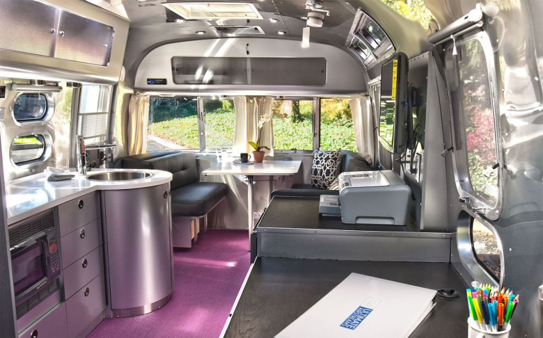 Tricked-Out Airstreams - mobile office