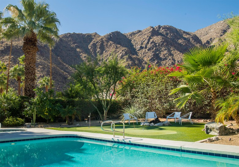 Mid-Century Modern Home Palms Springs CA - Pool with Mountain View