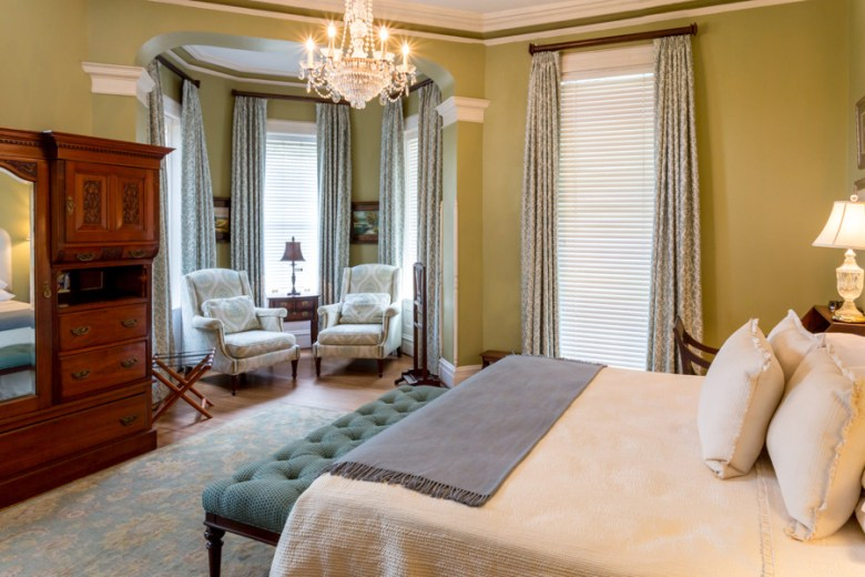 Kehoe House Savannah, GA Bedroom