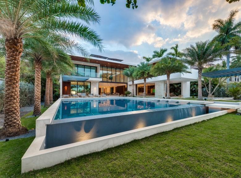 Choeff Levy Fischman Architecture + Design Yard
