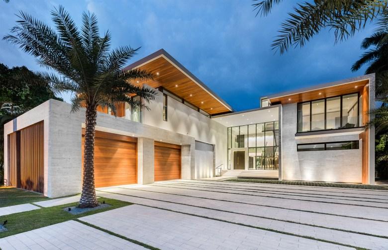 Choeff Levy Fischman Architecture + Design Home Entrance