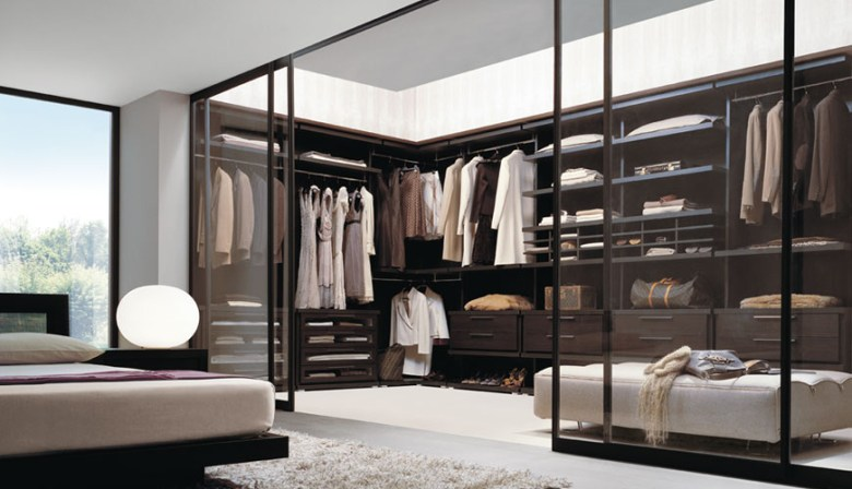 Crystal Clear closet door for walk-in wardrobe