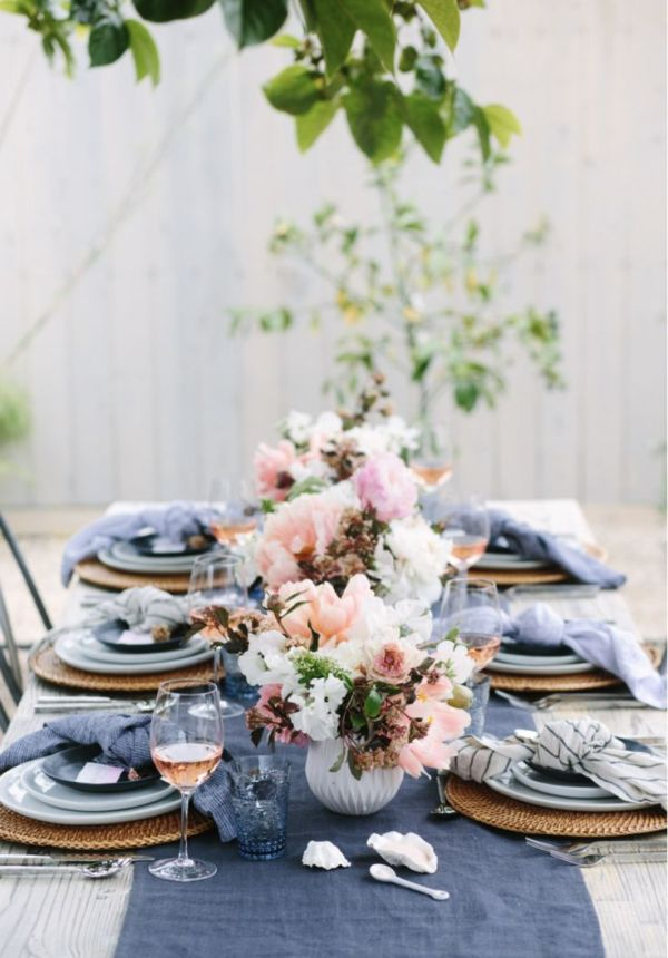 blushing blues Tablescape