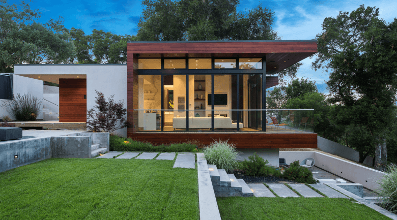Modern Home Exterior Designed by Swatt and Meirs Architects