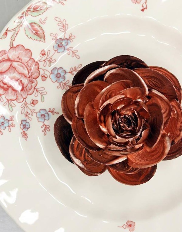 Breakable chocolate rose Chris Ford