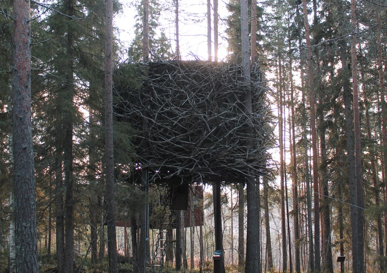 The Birds nest treehouse hotel Sweden
