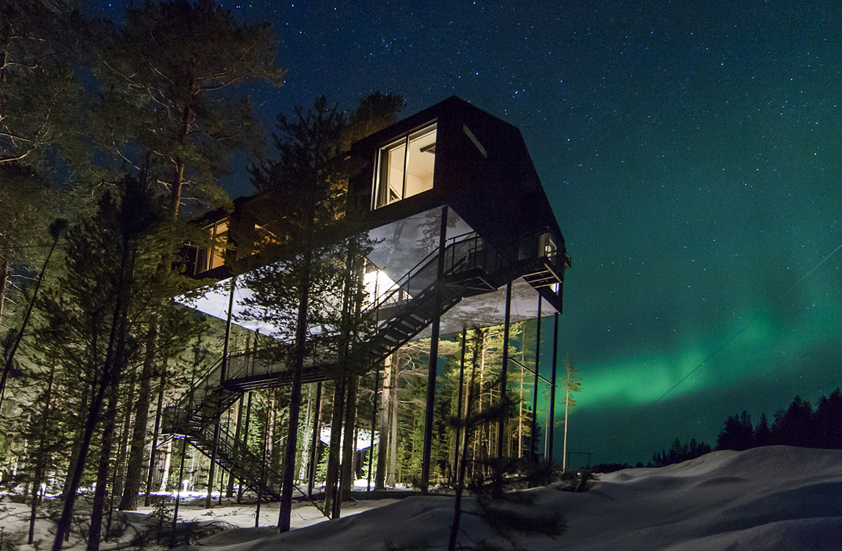 The seventh room treehouse hotel northern lights