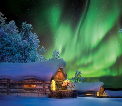 Kakslauttanen hotel for stargazing in Finland