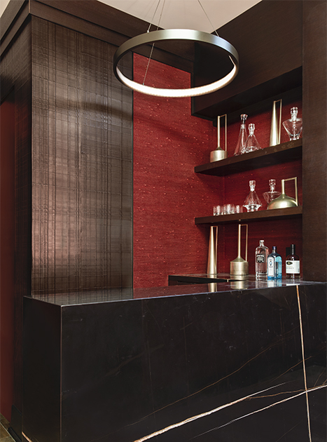 contemporary bar in New York high rise