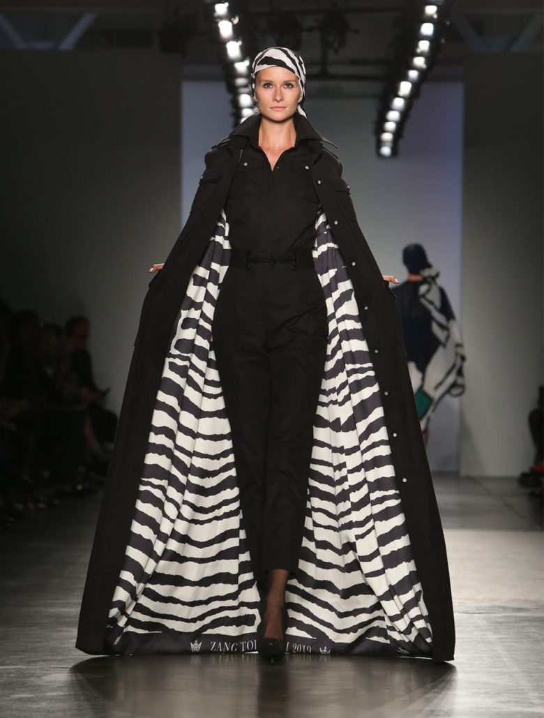 Zang_Toi-Runway-Model_Stripe_Coat