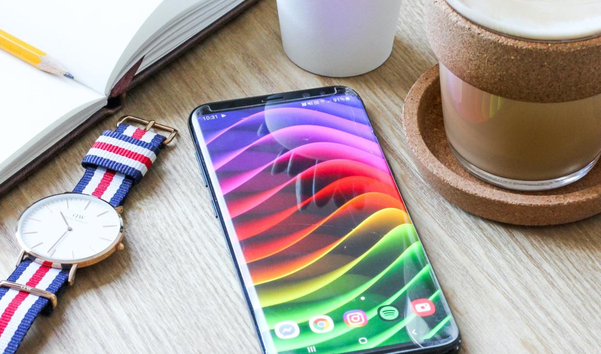 Android Budget Smartphone App