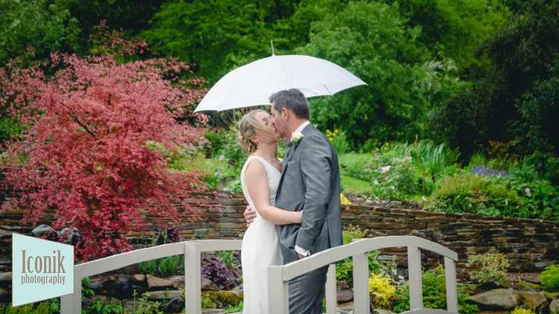 romantic wedding photos in the Dartmoor rain