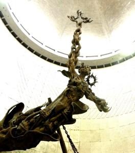 catedral El Cristo Libertador latinoamericano.