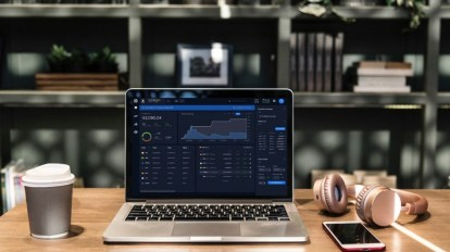 laptop with lcx terminal trading page opened