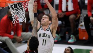 Giannis out as Bucks try to punch Finals ticket