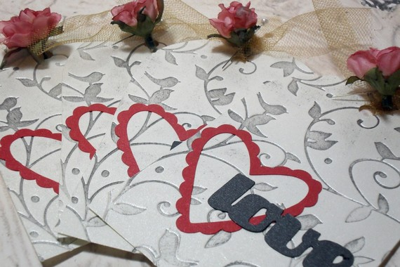 4pc Extra Large Embossed Distressed Love Tags Chic