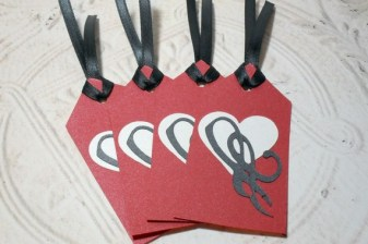 4pc Metallic Red Heart Black Ribbon Tied Tags