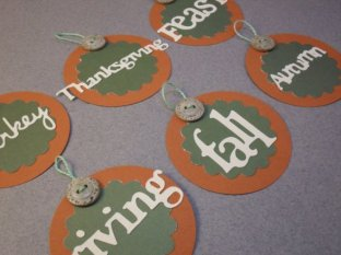 6pc (Fall in Love with Fall) Hanging Scallop Tag Set with Buttons - Thanksgiving Collection