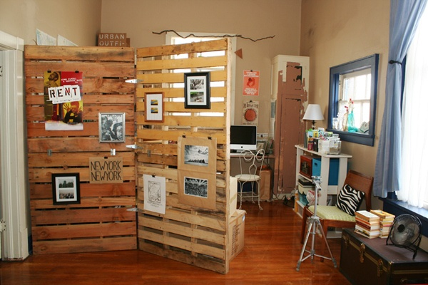 Upcycled Pallet Divider
