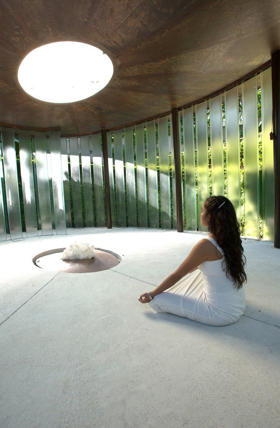 Beautiful Meditation Chapel Features Modern Design