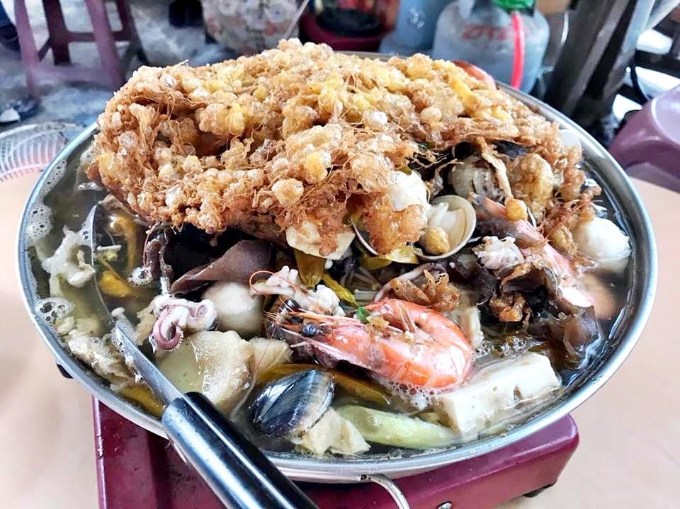 大稻埕才看的到! 榕樹下吃砂鍋魚頭配啤酒-欣臺灣-欣傳媒旅遊頻道
