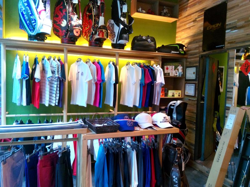【名店探訪】邑達高爾夫擁有專業模擬設備 堅持服務品質-欣高球-揮出高爾夫新視野-欣傳媒運動頻道