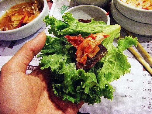 為什麼烤肉要配生菜吃?5個韓國料理專屬的特殊吃法!-欣旅遊BonVoyage-欣傳媒旅遊頻道