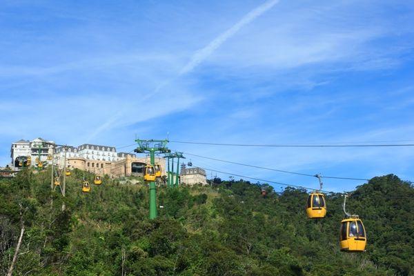 今夏花峴3>這不是越南吧也太夢幻!搭纜車才能到法式情調的巴拿山度假莊園-欣東南亞~酷玩有型旅遊風-欣傳媒旅遊頻道