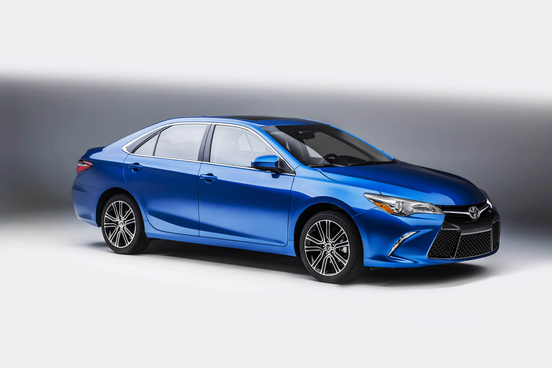 Toyota Camry Spider Car Price And Specs In Ghana