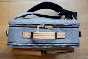 Venque in backpack mode - sideways