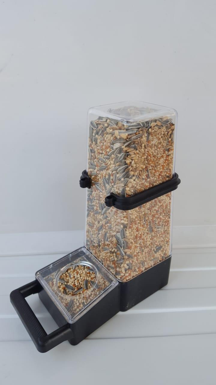 Botol Dispenser Jumbo Tempat Pakan atau Minum Burung Wadah Lebar