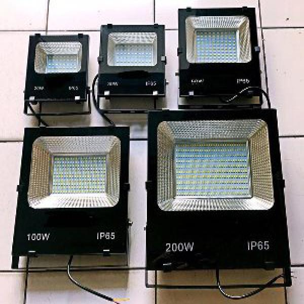 Lampu sorot led 150w 150 w 150 watt high quality