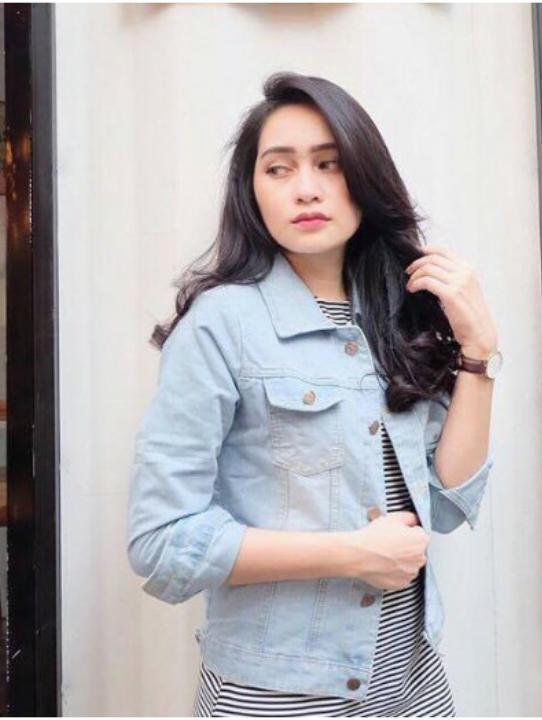 Jaket Wanita Bahan DENIM JEANS ASLI Bahan TEBAL   Jacket Jeans Washed New    Jaket Dilan 5c5e46d8d9