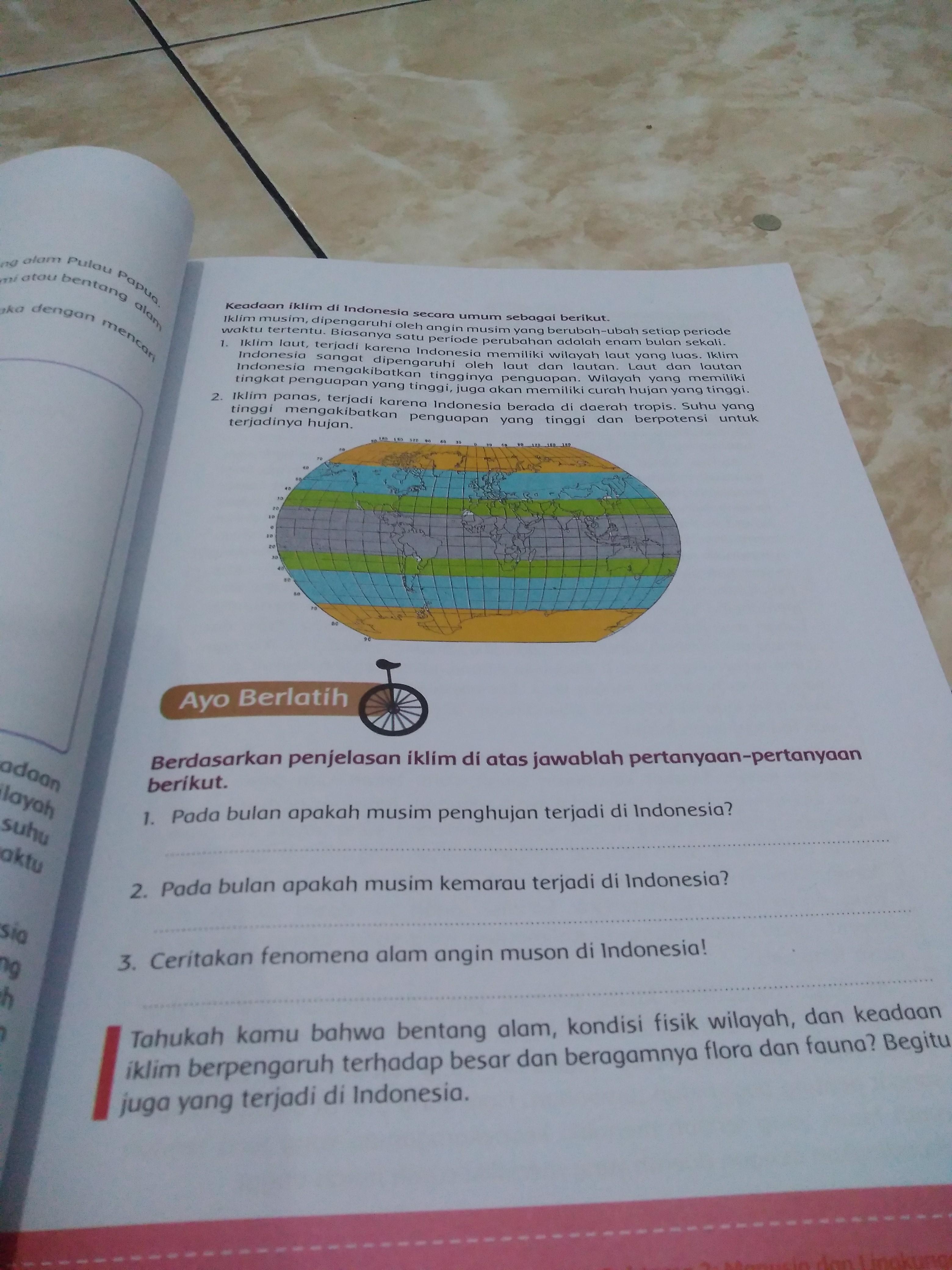 Pada Bulan Apakah Musim Penghujan Terjadi Di Indonesia : bulan, apakah, musim, penghujan, terjadi, indonesia, Tolong, Jawab, Besok, Dikumpulin., Bonusin, Dulu., Brainly.co.id