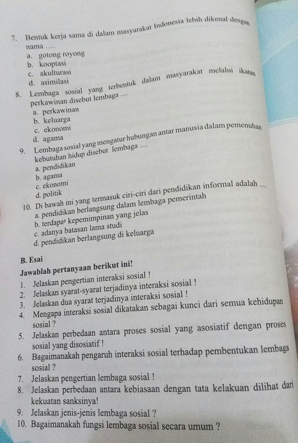Bagaimana Fungsi Lembaga Sosial Secara Umum : bagaimana, fungsi, lembaga, sosial, secara, Tolong, Dijawab, Nomor, Pilihan, Berganda, Brainly.co.id