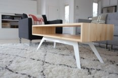 Prissilia Meja Minimalis Cameo Pine Coffee Table