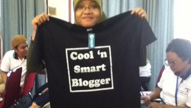 Kaos Cool n Smart Blogger