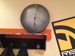 furn-shelf-orange-01