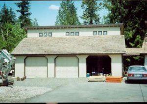 garage-odd-exterior-01