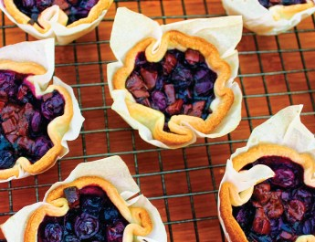 Easter Brunch - Mini Blueberry-Chocolate Tarts