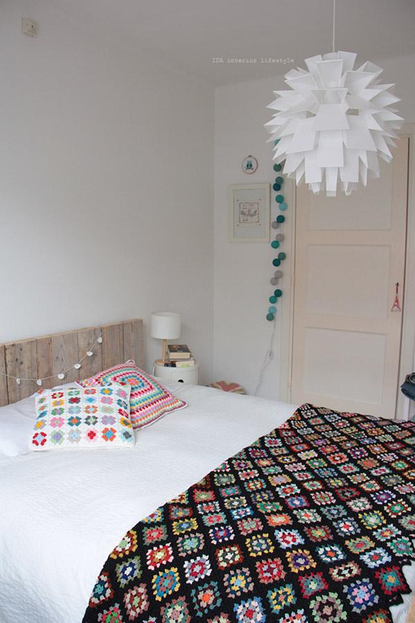 Thursday pics {bedroom crochet}