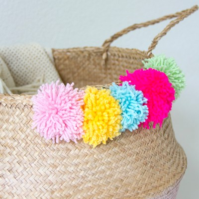 DIY :: painted basket and pom poms