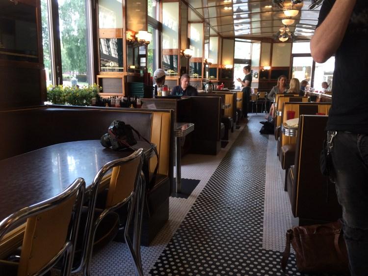 Interiør fra Nighthawk Diner på Grunerløkka.