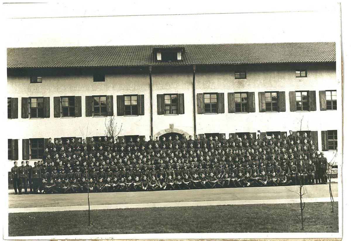 Gruppebilde av regiment Nordland