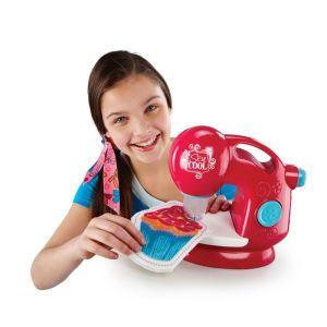 Детская швейная машинка Sew Cool