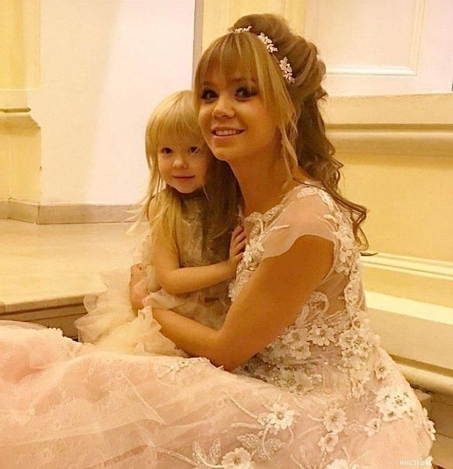 Алла Михеева с детьми фото