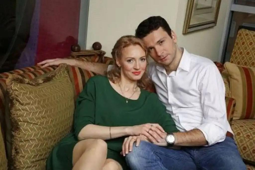 Антон Хабаров с женой