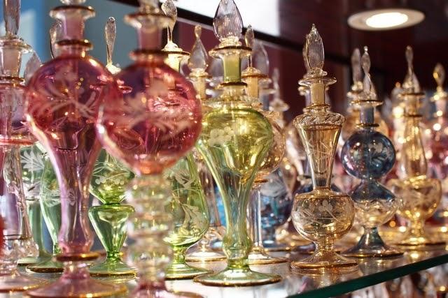 ジャマル カズラ アロマティックスの香水瓶