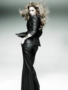 Celine-Dion-2007-neu-07.jpg