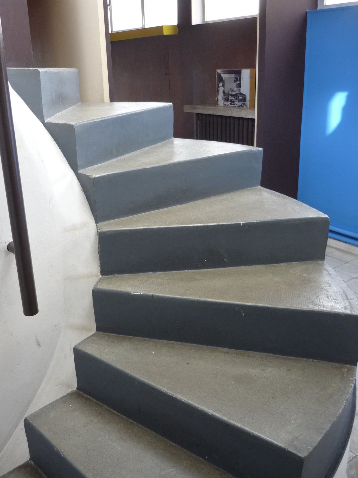 Le Corbusier Et Son Appartement Atelier Monument